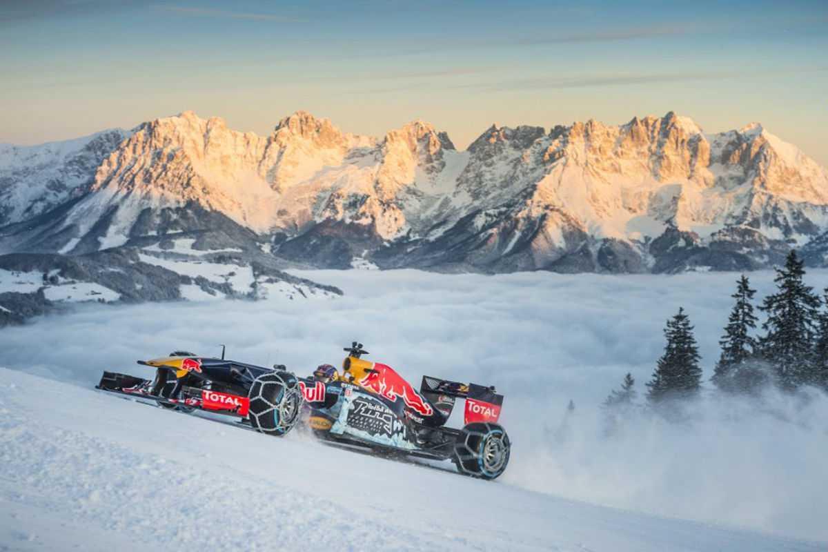 Formel-1-Showrun-im-Schnee-1200x800-1335d5ab78952156