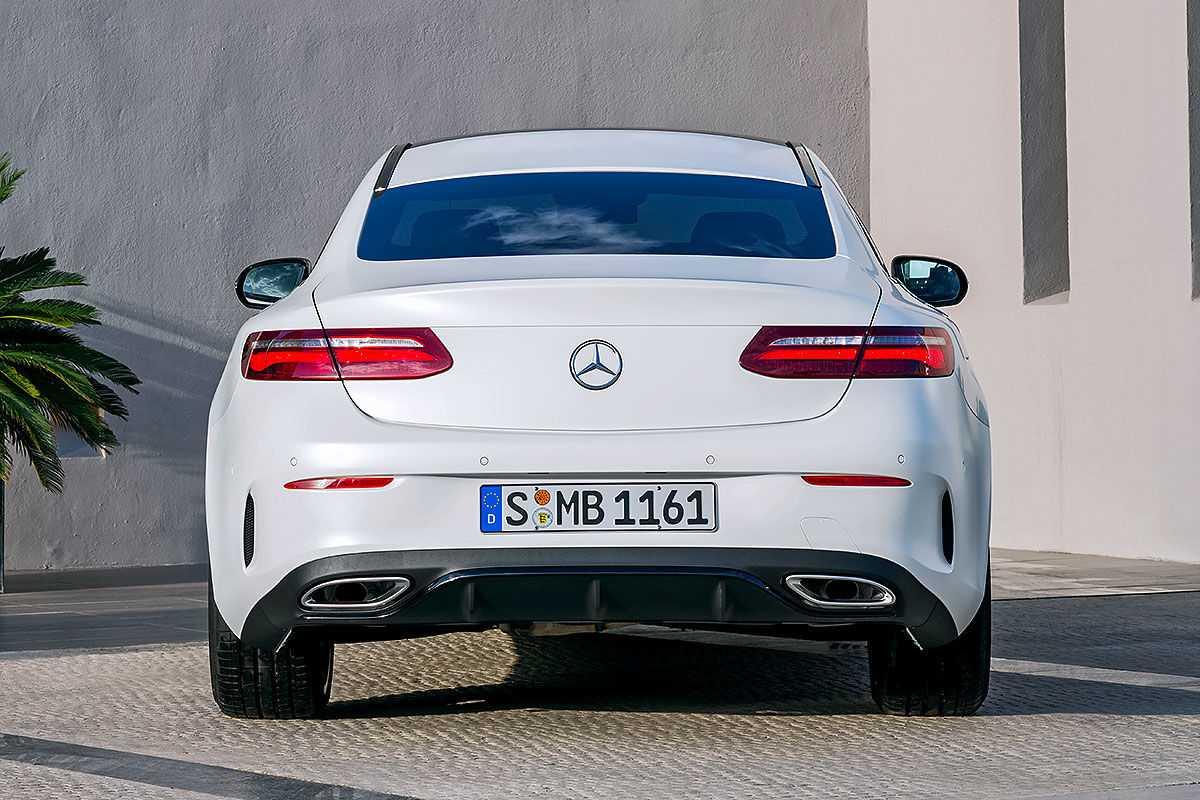 Mercedes-E-Klasse-Coup-2017-Erlkoenig-1200x800-e9f9d68ac72ac6fe