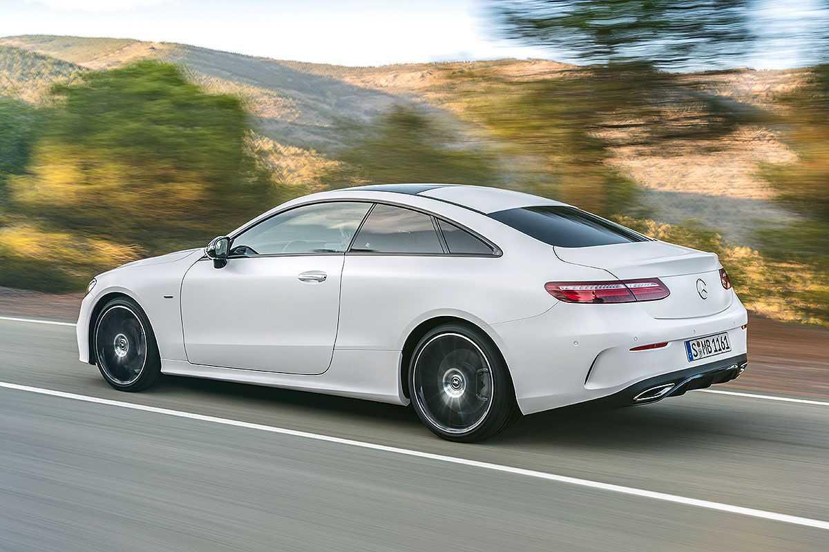 Mercedes-E-Klasse-Coup-2017-Vorschau-und-Mitfahrt-1200x800-0afd0e1c5096a7f8